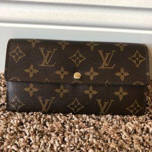⚜️Louis Vuitton Sarah Long Wallet